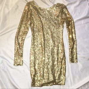 Xenia Gold sequin long sleeve party dress